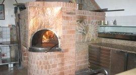 forno a legna, pizzeria, pizze cotte nel forno a legna,
