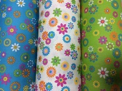 Campioni di tessuto a fiori