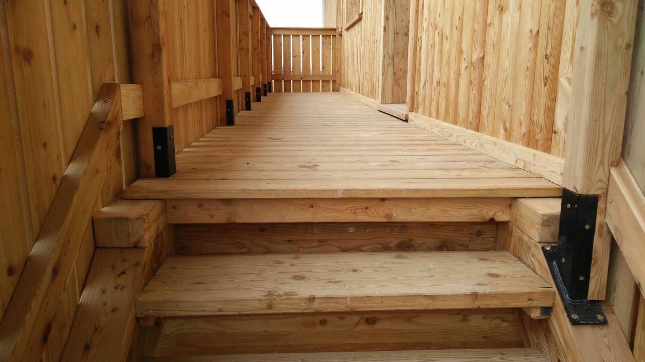 Perline in legno e rivestimenti in legno bms eurolegno for Tavole colori per pareti