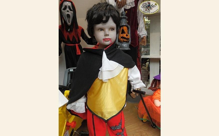Costumi Halloween da Bertè Giocattoli, Viale dei Colli Portuensi, 455 - Roma
