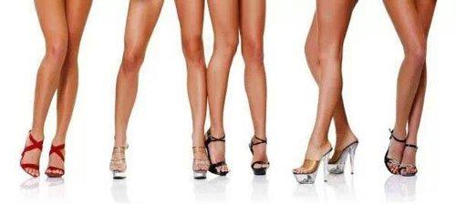 Cinque paia di gambe