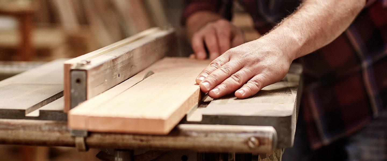 Produzione mobili in legno a Cento