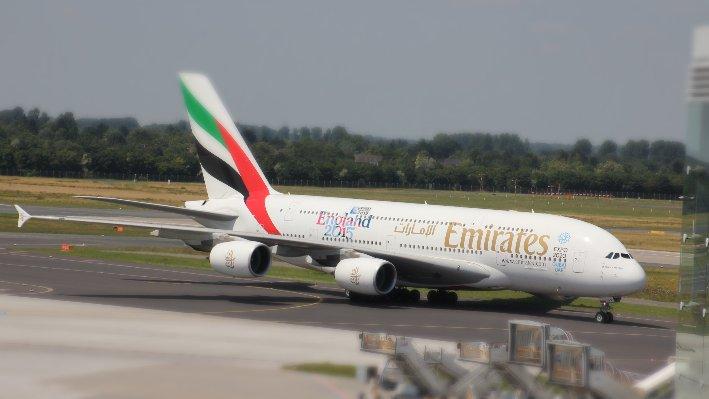 Mit dem Flugzeug zur Kanzlei in Paderborn