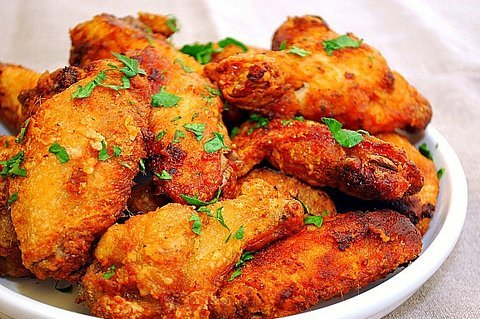 Wings Wednesday $12.95/lb | Featured Craft Beer $6.00
