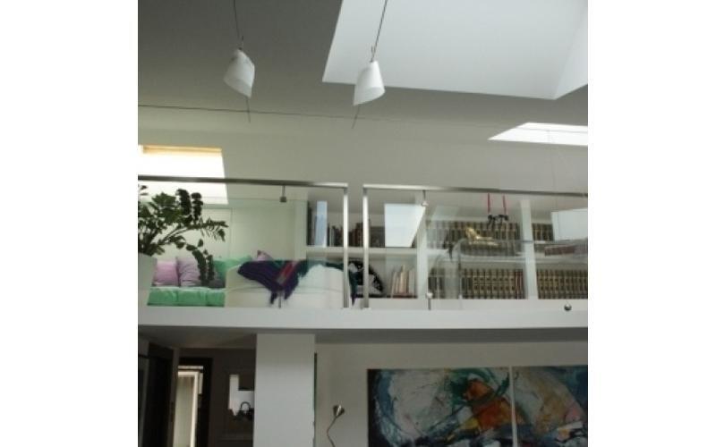 scale interne in vetro fermo