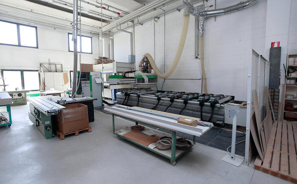 Arredamenti su misura alzano lombardo bergamo valoti for Arredi da laboratorio