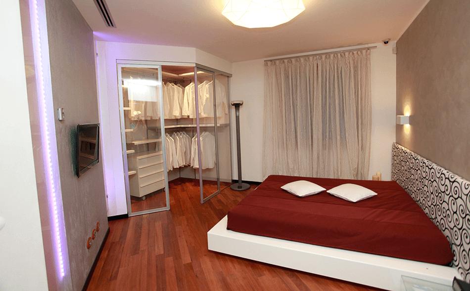 Camera da letto con cabina armadio ro76 regardsdefemmes - Camera da letto con cabina armadio ad angolo ...