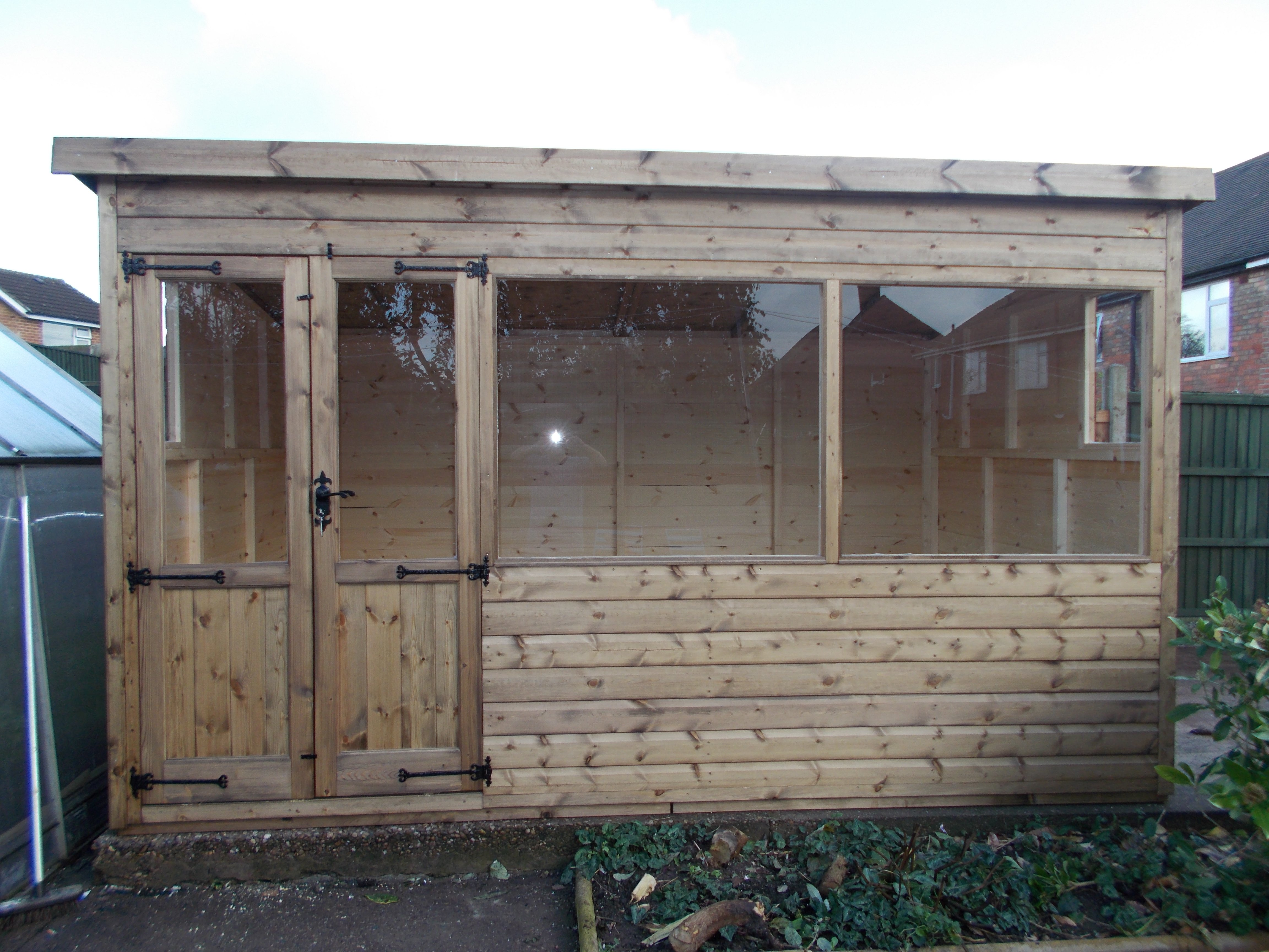 Garden workshops supplied across the whole of nottingham - Garden sheds nottingham ...