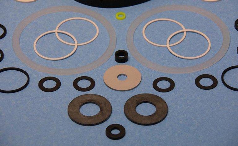 Zanini rubber - produzione rondelle in gomma