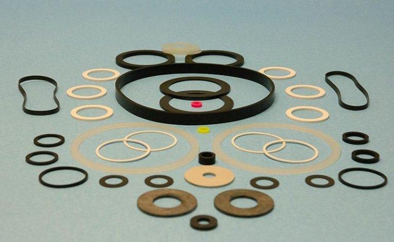 produzione rondelle in gomma