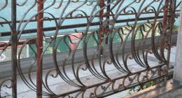 recinzioni in metallo, recinti in metallo, ringhiere per balconi