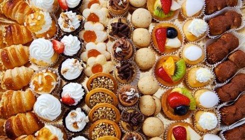 Noi della pasticceria Sutri proponiamo una vasta selezione dolciaria