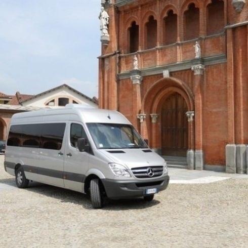TAXI N.C.C. minibus