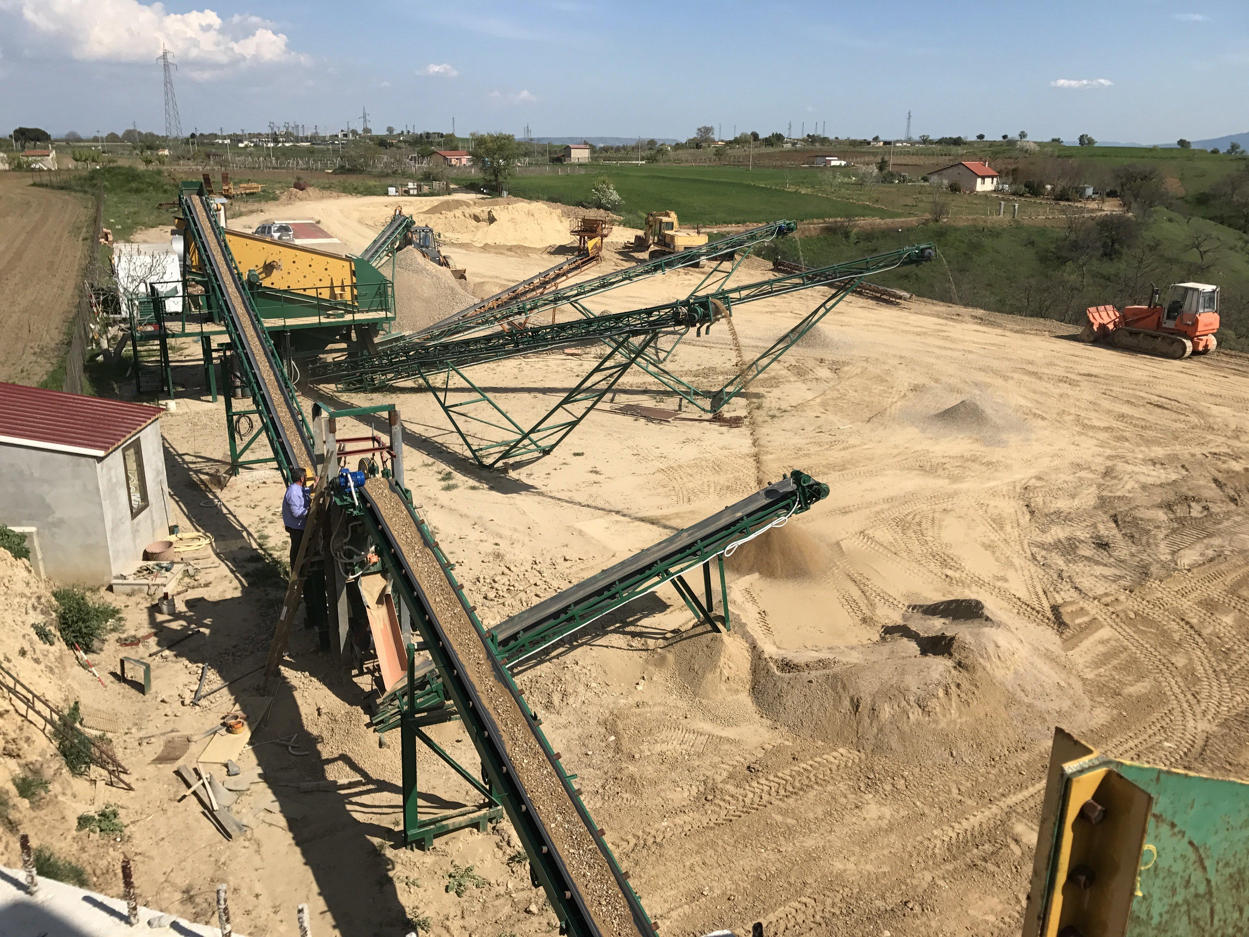 casa macchinari sabbia terreno