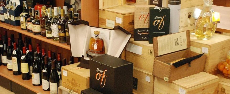 enoteca, liquori a Camucia di Cortona, Arezzo