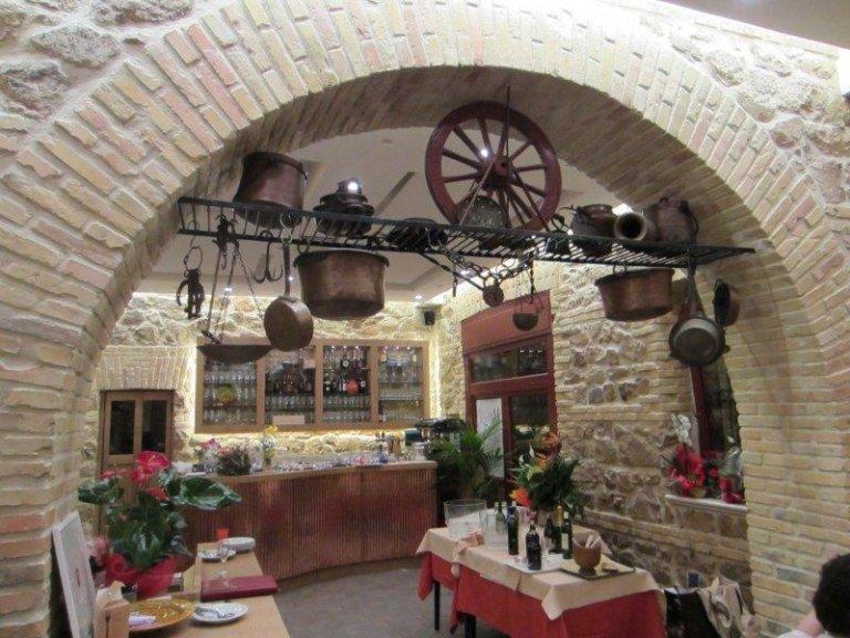 Piatti tipici romani roma ristorante la tavernaccia da for Roma piatti tipici