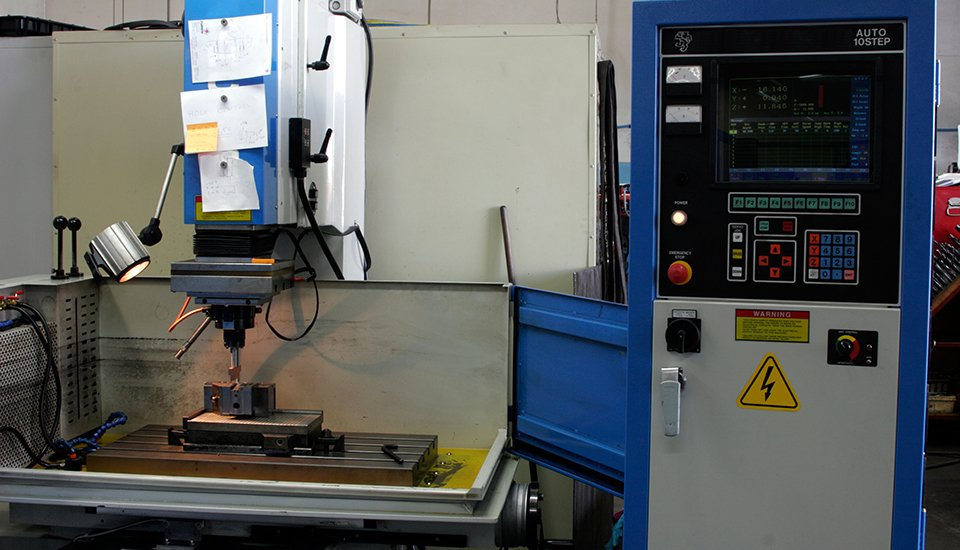 plastic component manufacturing