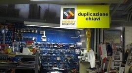 duplicazione chiavi di sicurezza, duplicazione chiavi elettroniche, lucchetti
