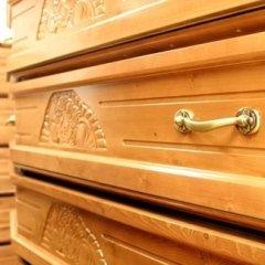 Bara in legno chiaro
