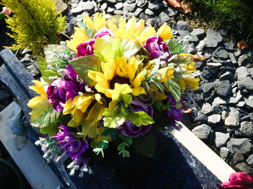 Artificial greave flower bouquet