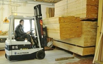 aste in legno
