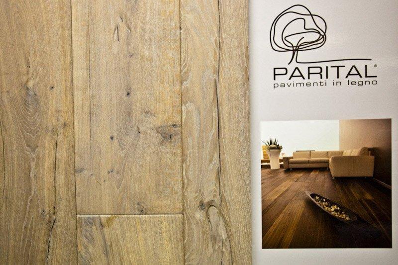 pavimento a marchio PARITAL