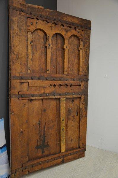 mobile antico in stile rinascimentale