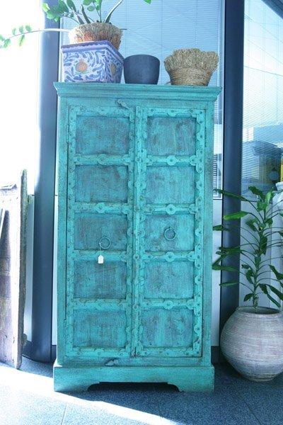 mobiletto antico color azzurro
