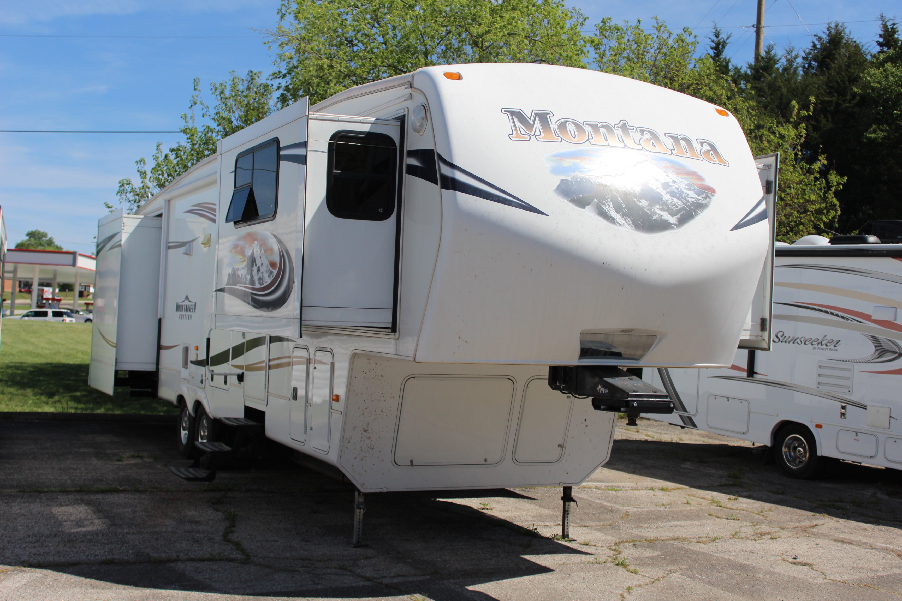Campers For Sale In St Louis Used Motorhomes Rvs On