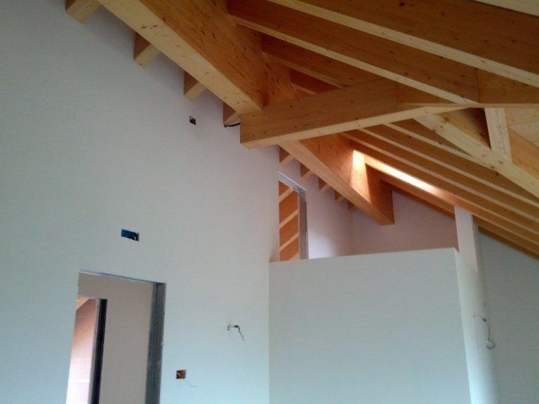 Asiago Immobiliare-Casa Montagna Via Pintus soffitto