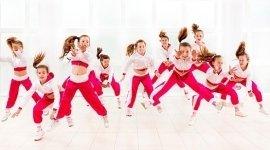 Akrobatischer Tanz