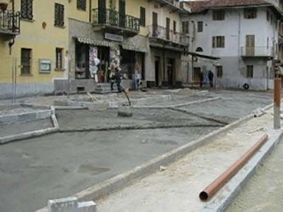 Rifacimento piazza principale