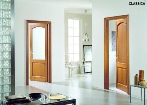 classica  porte in legno massiccio Garofoli