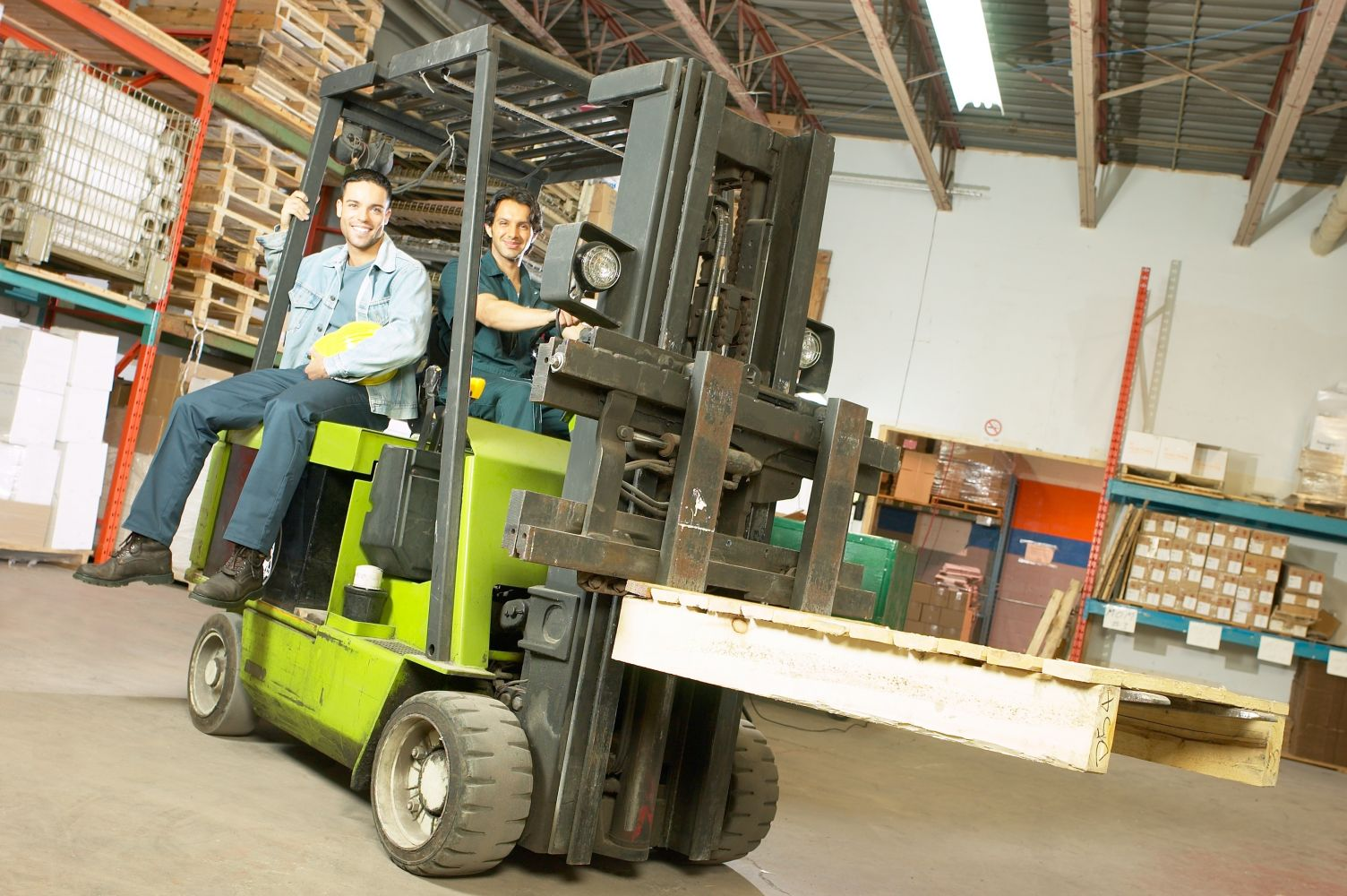 Forklift models in action in Honolulu, HI