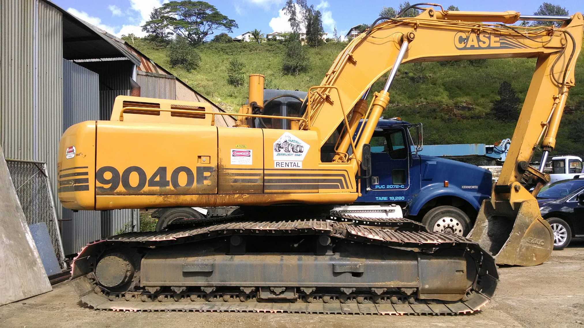 Back hoe and other heavy equipment repair in Honolulu