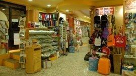 Tacconi Leda i Puffi, Arezzo (AR), vendita borse e quaderni