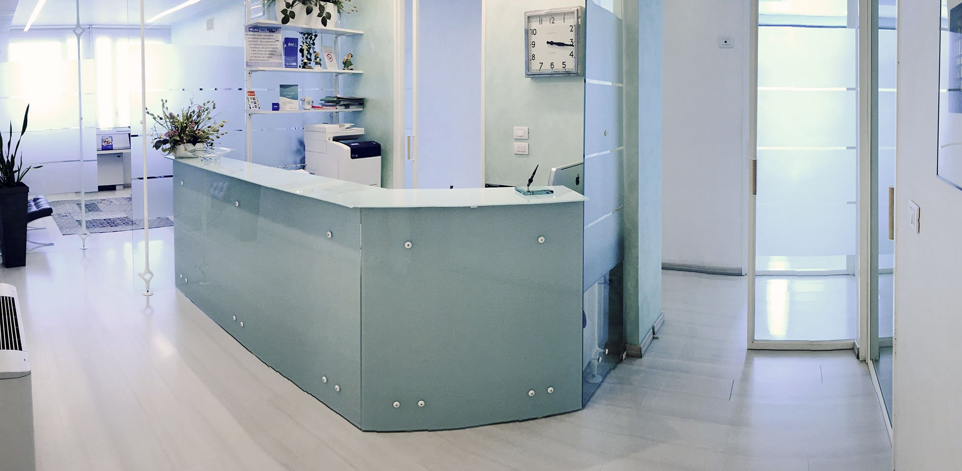 la reception dello studio dentistico