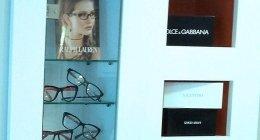 esame della vista, lenti a contatto, occhiali da vista per uomo