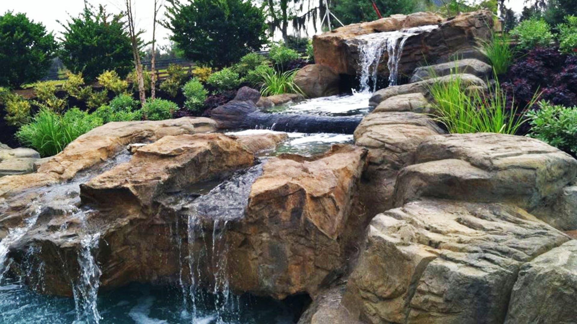 Landscape construction landscaping architect commercial for Landscape construction