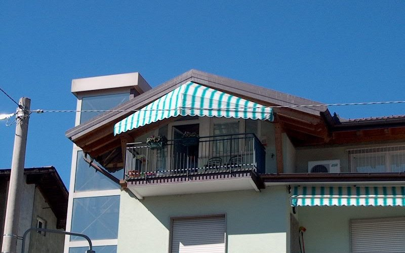 Arredamento finestre trento eurotendaggi for Arredo bagno trento via maccani
