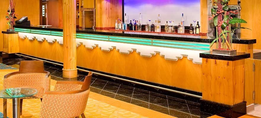 Norwegian Jade - Bars und Lounges - Mixers Martini und Cocktail Bar
