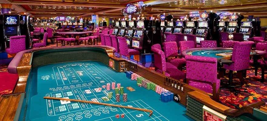 Norwegian Jade - Bar & Lounges - Jade Club Casino Bar