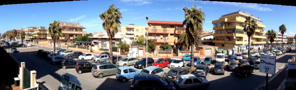 parcheggio nel lungo mare