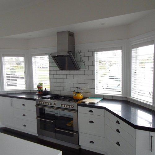 Black color kitchen countertop