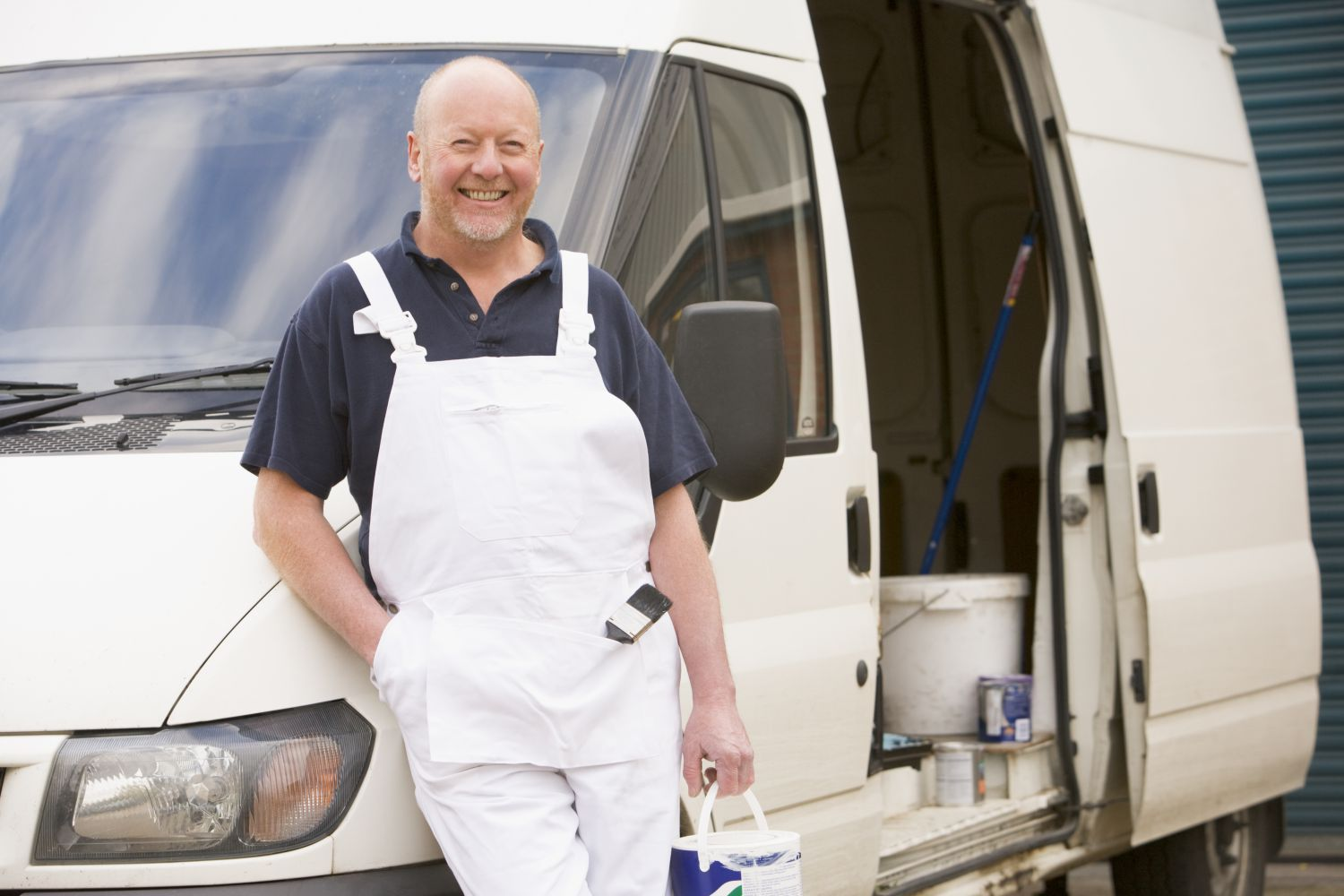 One of our plumbing supplies experts in Edgewood, KY