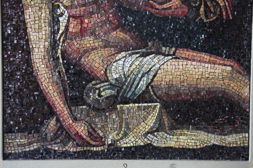 Restauro mosaico sacro