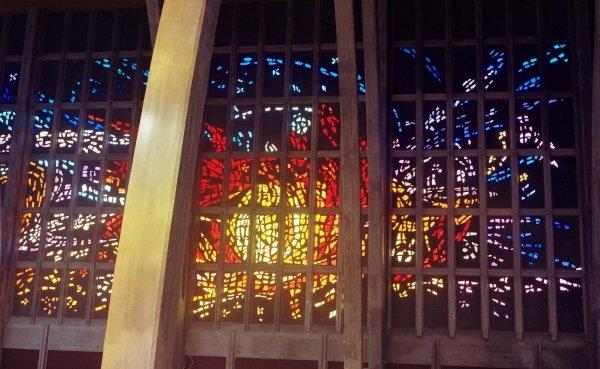 Vetrata Chiesa Villadossola Autore Dante PANNI