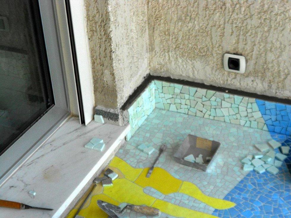 Restauro mosaico pavimentale Ugo Nespolo