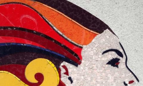 mosaico con rappresentazione di una donna