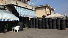 assistenza pneumatici, riparazione pneumatici, assistenza moto